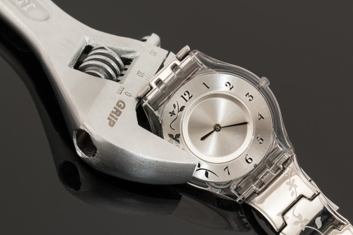 wristwatch-2135219_960_720